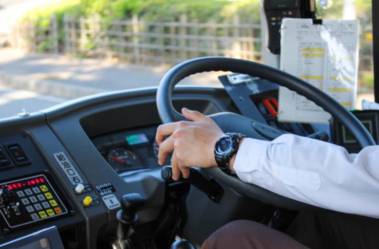 運転手付きマイクロバスの貸切利用