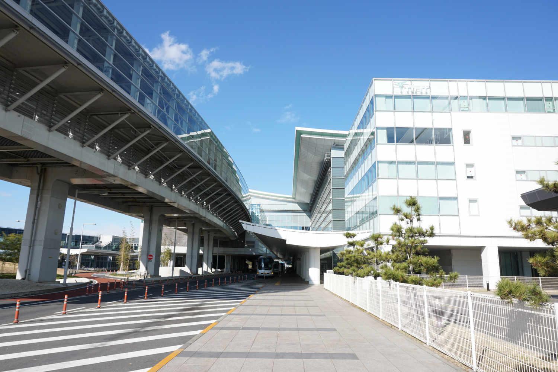 羽田空港からバスを使って行く方法