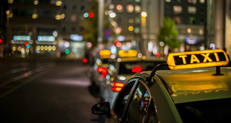 東京の深夜タクシー事情